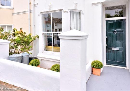 brighton property rental